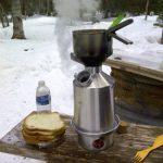 'Base Camp' Kelly Kettle® - KIT complet (1.6ltr bouilloire en Aluminium + Acier Cook Set + Acier pot soutien) Camping bouilloire et cuisinière de Camp dans l'un. Ultra rapide léger bois poêle alimenté. PAS de piles, sans gaz, sans carburant! Pour la pêche image 4 produit