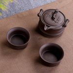 Ensemble de thé Kungfu Zisha de voyage portable, théière à l'argile pourpre et 2 tasses à la main, chinois traditionnel (style bambou) de la marque T Tocas image 3 produit