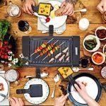 KLAGENA Raclette multifonctions avec grill de table intégré comprenant une plaque réversible à rainures de haute qualité et 6 poêlons – Appareil à raclette / Raclette-Grill / Plaque grill / Grill-viande / Plaque pour grillades / Plaque-gril de cuisson / G image 4 produit