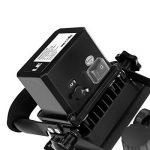 LE Projecteur LED 10W Portable et Rechargeable, Lampe de Travaux Equivalent à Ampoule Halogène 60W, Étanche IP65 Chargeur Voiture et Adaptateur Secteur inclus de la marque Lighting EVER image 3 produit