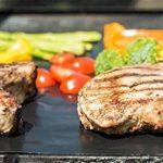 Tapis de Cuisson Haute Qualité pour Barbecue et Four - Set de 2 Tapis très épais de 40*33 cm pour les barbecue à gaz, charbon et électriques. 100% Anti-adhérent. L'accessoire indispensable pour cet ét de la marque Twinzee image 4 produit