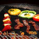 Tapis de cuisson , Ubegood Set de 3 Tapis 40*33 cm Nettoyage facile réutilisable Feuilles de BBQ pour Barbecue et Four - 100% Anti-adhérent de la marque Ubegood image 1 produit
